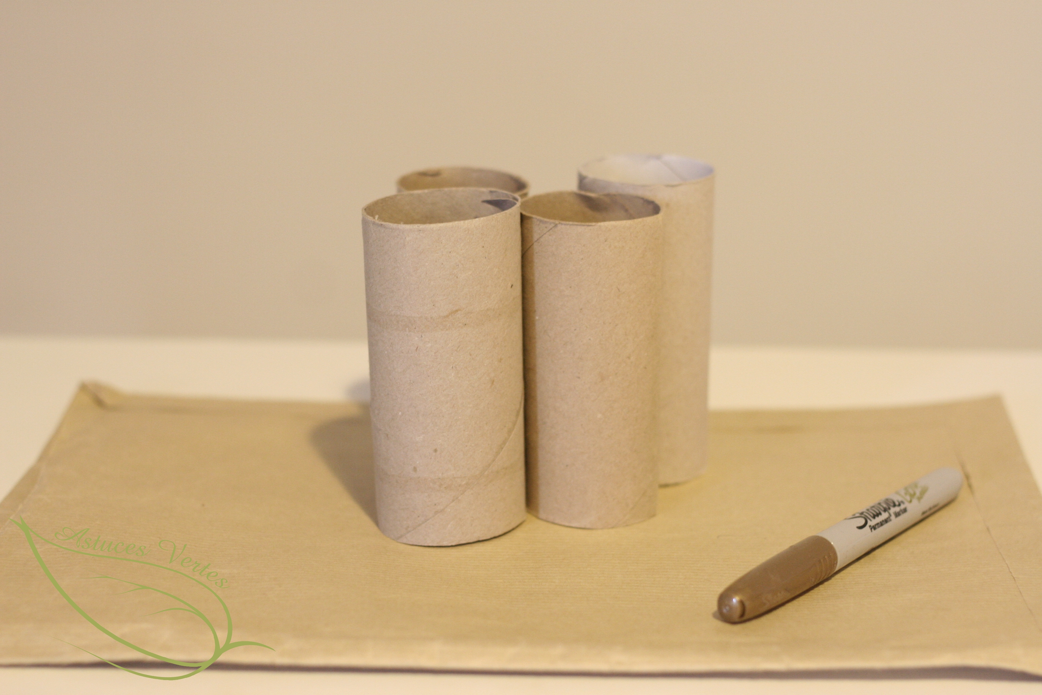 Fabriquer un calendrier de l avent 100 r cup les - Calendrier de l avent papier toilette ...