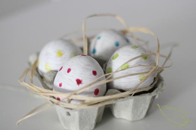 décorer des œufs pour Pâques, œufs de Pâques décorés
