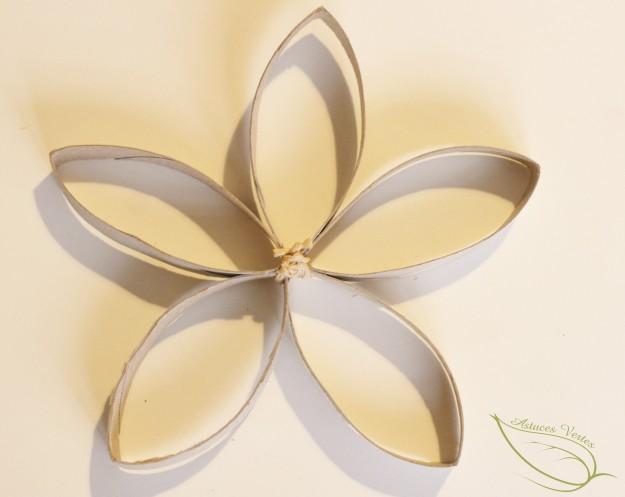 DIY Noël : fabriquer une couronne