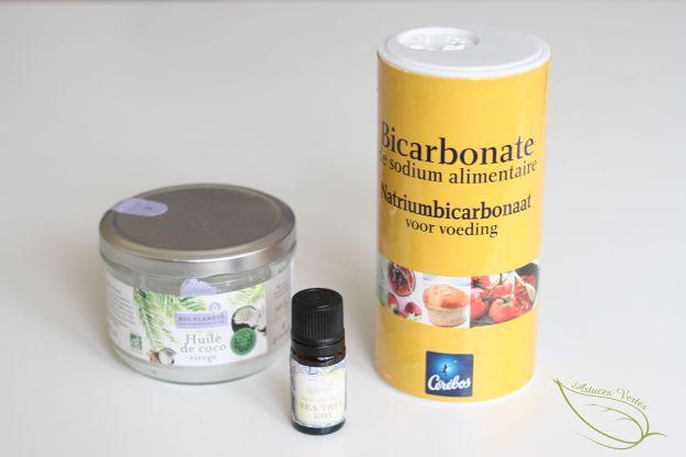 recette de dentifrice blanchissant diy à l'huile de coco