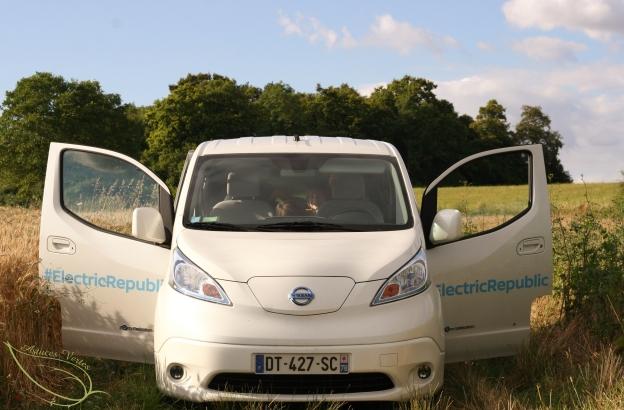 Test : l'e-NV200 Evalia #1- La conduite électrique par Nissan