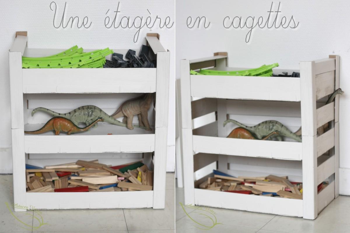 une tag re en cagettes pour ranger les jouets les astuces vertes de kory and cie. Black Bedroom Furniture Sets. Home Design Ideas